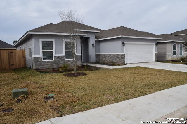 9515 Butterfly Bend, San Antonio, TX 78224 (MLS #1367194) :: Alexis Weigand Real Estate Group