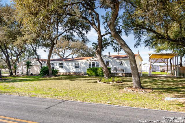 136 Stonegate N, Boerne, TX 78006 (MLS #1367512) :: Exquisite Properties, LLC
