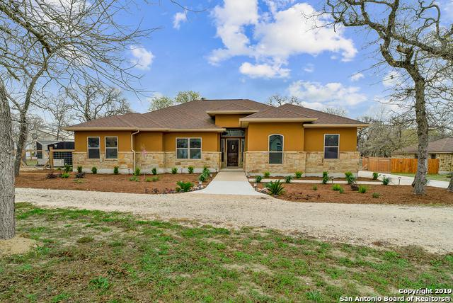 178 Champions Blvd, La Vernia, TX 78121 (MLS #1368001) :: Alexis Weigand Real Estate Group