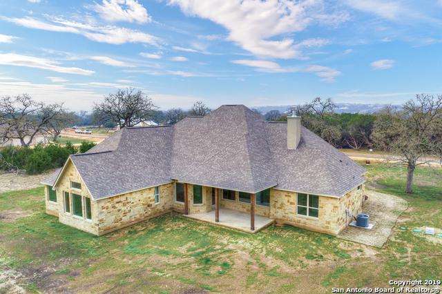 479 Curvatura, New Braunfels, TX 78132 (MLS #1368005) :: Alexis Weigand Real Estate Group