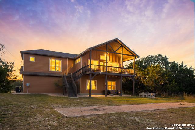 617 Lake Island Dr, Canyon Lake, TX 78133 (MLS #1368314) :: Alexis Weigand Real Estate Group