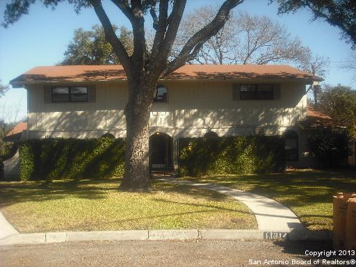11314 Crestpark Dr, San Antonio, TX 78213 (MLS #1368562) :: Alexis Weigand Real Estate Group