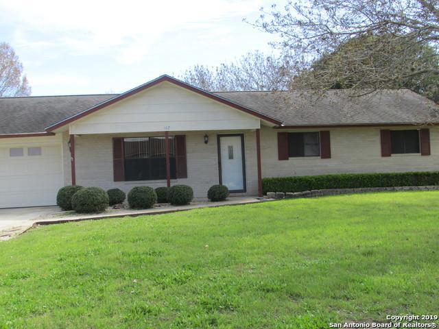 107 Shadywood, Boerne, TX 78006 (MLS #1369226) :: Vivid Realty