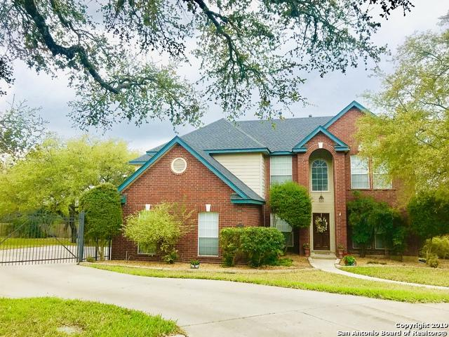 2402 Cinco Woods, San Antonio, TX 78259 (MLS #1369227) :: Alexis Weigand Real Estate Group
