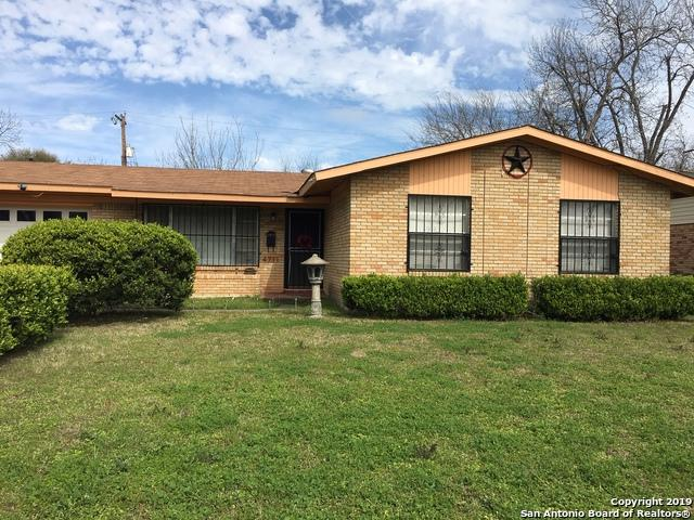 4711 Lakewood Dr, San Antonio, TX 78220 (MLS #1369240) :: Alexis Weigand Real Estate Group