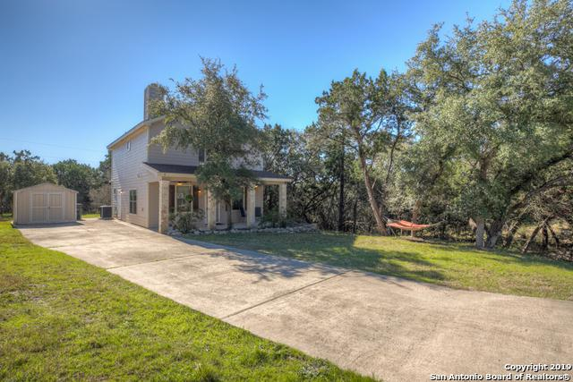 1514 Bonnyview Dr, Canyon Lake, TX 78133 (MLS #1369387) :: Exquisite Properties, LLC