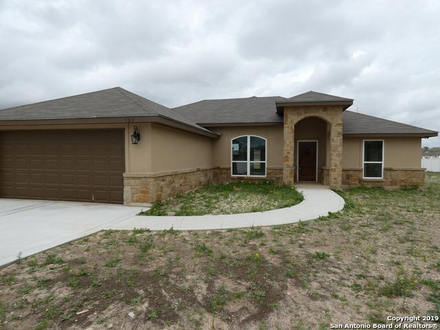 103 Muirfield St, La Vernia, TX 78121 (MLS #1369579) :: Santos and Sandberg
