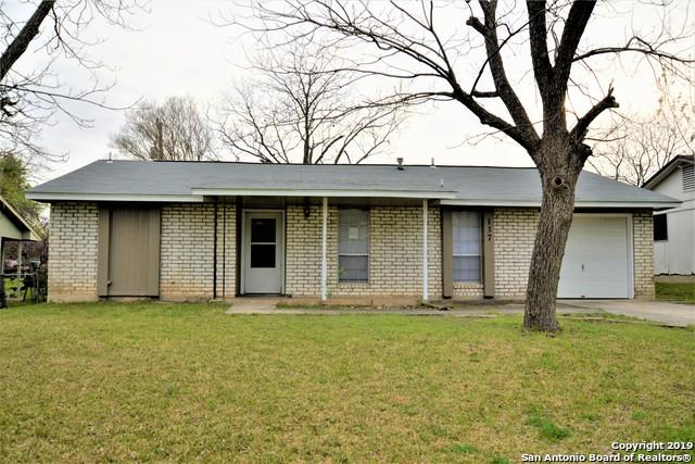 137 Meadow Dr, Converse, TX 78109 (MLS #1369786) :: Erin Caraway Group