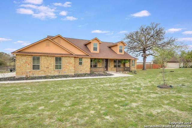136 Abrego Lake Dr, Floresville, TX 78114 (MLS #1369820) :: Alexis Weigand Real Estate Group