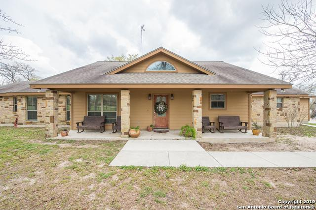 228 Sendera Crossing, La Vernia, TX 78121 (MLS #1369872) :: Tom White Group