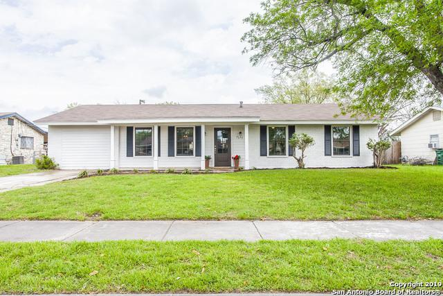 7359 Meadow Breeze Dr, San Antonio, TX 78227 (MLS #1370101) :: Alexis Weigand Real Estate Group
