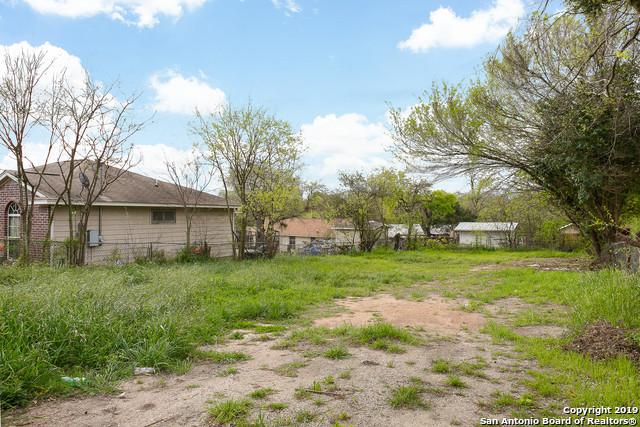 2114 Martin Luther King Dr, San Antonio, TX 78203 (MLS #1370429) :: The Mullen Group | RE/MAX Access