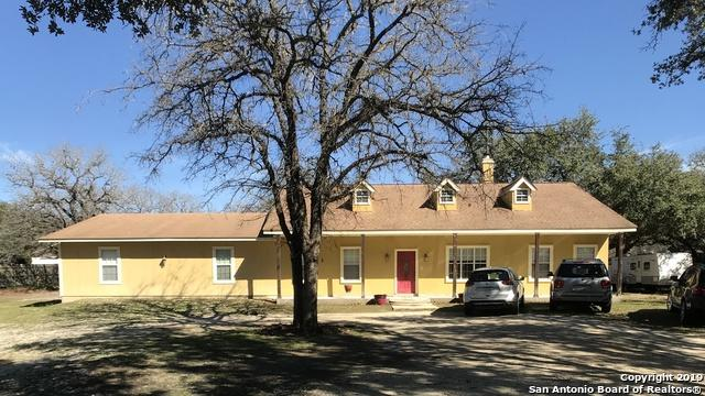 604 Leprechaun Dr, Floresville, TX 78114 (MLS #1370528) :: Alexis Weigand Real Estate Group