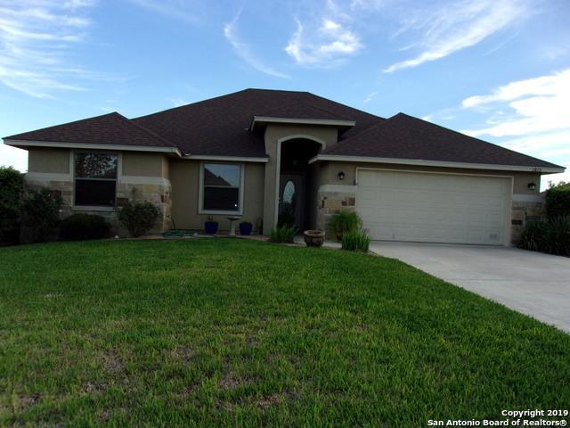 1815 Vista View Dr, Pleasanton, TX 78064 (MLS #1370535) :: Exquisite Properties, LLC