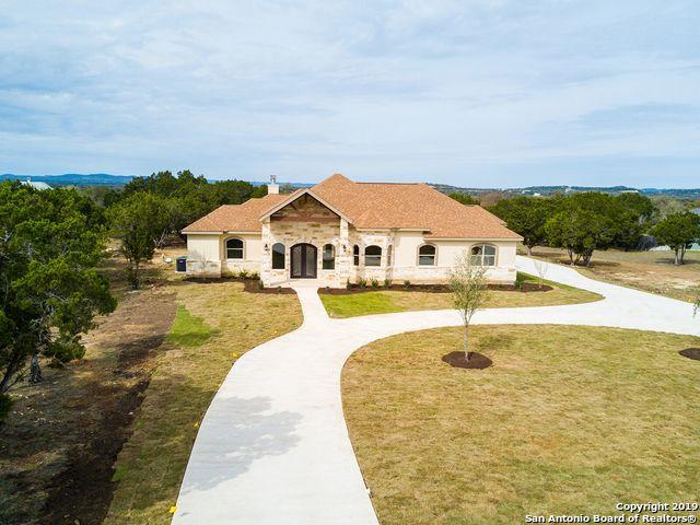 296 Rio Circle Dr., Pipe Creek, TX 78063 (MLS #1370657) :: Erin Caraway Group