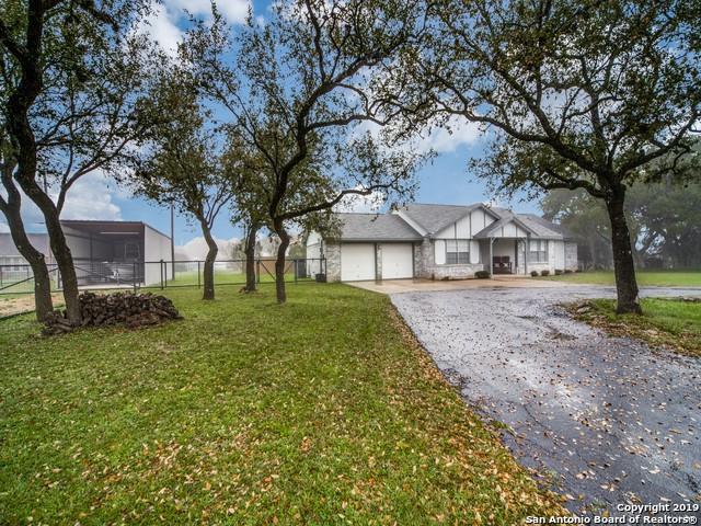 130 Stonegate S, Boerne, TX 78006 (MLS #1370725) :: Exquisite Properties, LLC