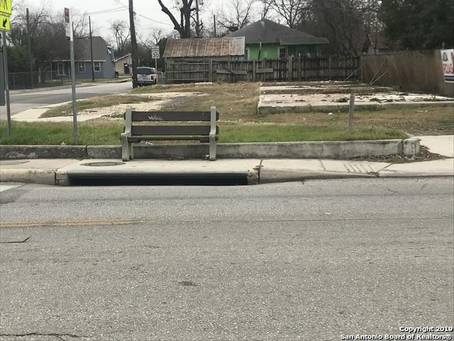 2350 E Houston St, San Antonio, TX 78202 (MLS #1370753) :: Alexis Weigand Real Estate Group