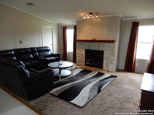 603 Moss Point, Poth, TX 78147 (MLS #1370841) :: Vivid Realty