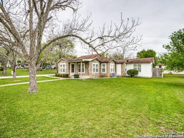 510 Carol St, Kenedy, TX 78119 (MLS #1370908) :: Exquisite Properties, LLC