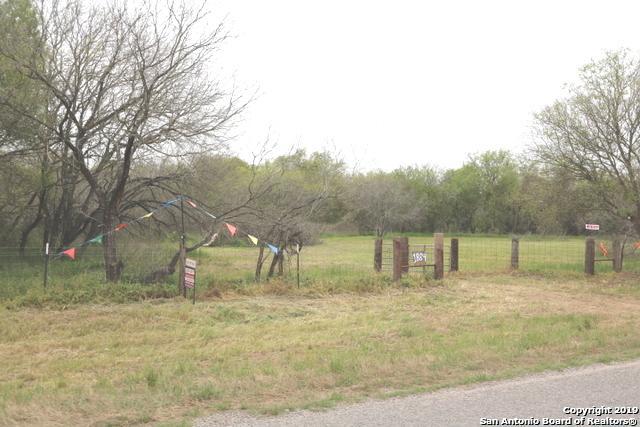 1884 State Highway 123, Stockdale, TX 78160 (MLS #1371268) :: Tom White Group