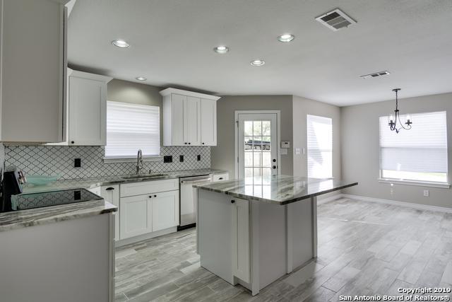 622 N School St, Boerne, TX 78006 (MLS #1371330) :: Exquisite Properties, LLC