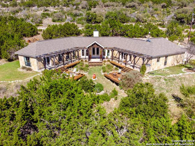 1360 Bear Springs Trail, Pipe Creek, TX 78063 (MLS #1371373) :: Alexis Weigand Real Estate Group