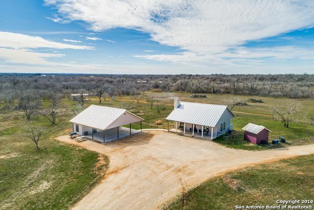 4717 Jakes Colony Rd, Seguin, TX 78155 (MLS #1371405) :: Magnolia Realty