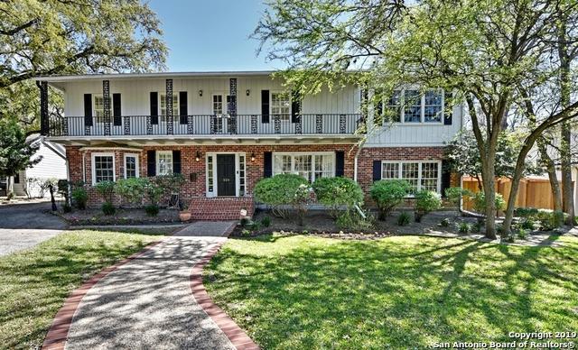 526 Grandview Pl, Terrell Hills, TX 78209 (MLS #1371414) :: Exquisite Properties, LLC
