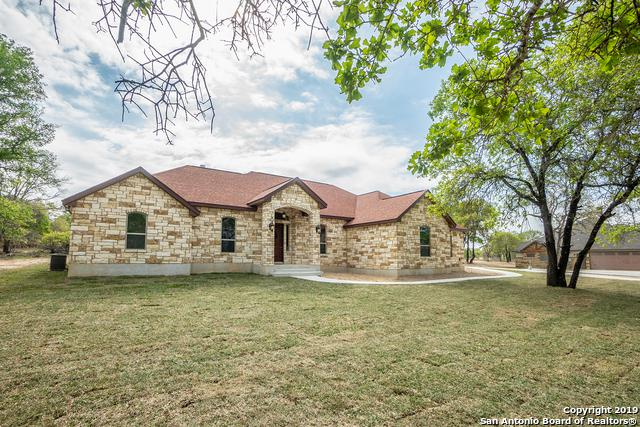117 Hidden Pond Dr, Adkins, TX 78101 (MLS #1371484) :: Alexis Weigand Real Estate Group