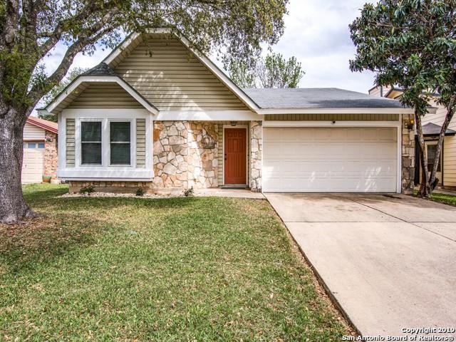 6827 Country Hill, San Antonio, TX 78240 (MLS #1371510) :: Tom White Group