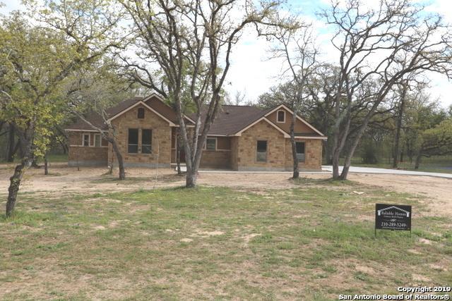 149 Cibolo Ridge Dr, La Vernia, TX 78121 (MLS #1371711) :: Alexis Weigand Real Estate Group