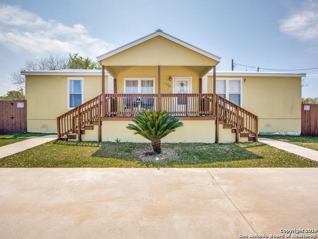 110 County Road 4640, Hondo, TX 78861 (MLS #1371727) :: NewHomePrograms.com LLC