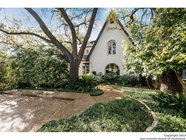 110 Albany St, Alamo Heights, TX 78209 (MLS #1371745) :: Tom White Group