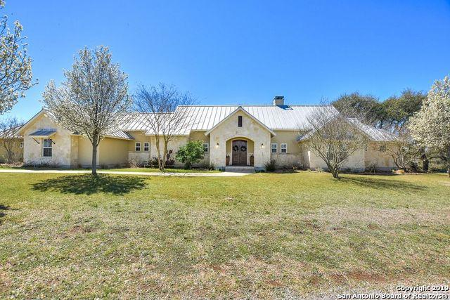 209 Lookout Point Rd N, Comfort, TX 78013 (MLS #1371942) :: Alexis Weigand Real Estate Group