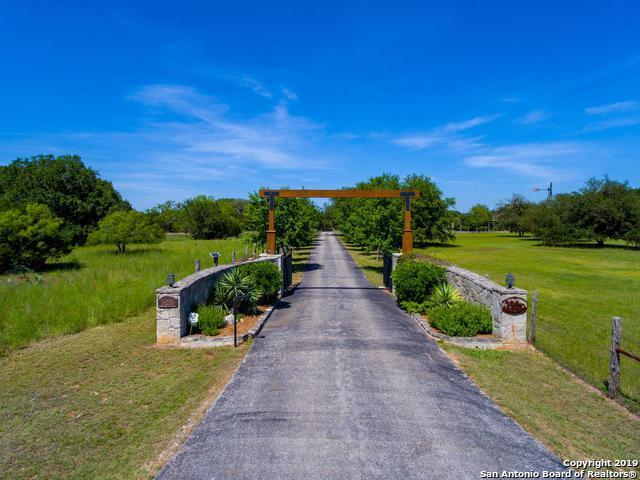 31036 Post Oak Trail, Fair Oaks Ranch, TX 78015 (MLS #1371947) :: Keller Williams City View