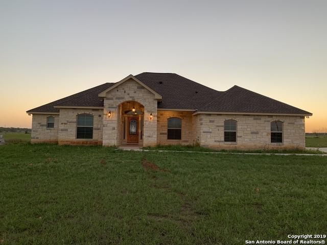 113 Gentle Breeze, Floresville, TX 78114 (MLS #1372062) :: Alexis Weigand Real Estate Group