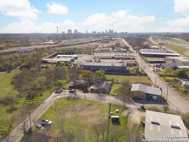2539 Dignowity Ave, San Antonio, TX 78208 (MLS #1372213) :: Keller Williams City View