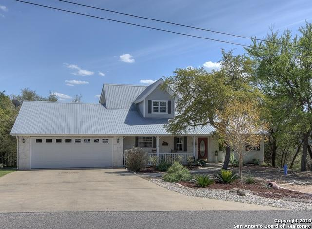 2722 Summit Dr, New Braunfels, TX 78132 (MLS #1372267) :: Alexis Weigand Real Estate Group