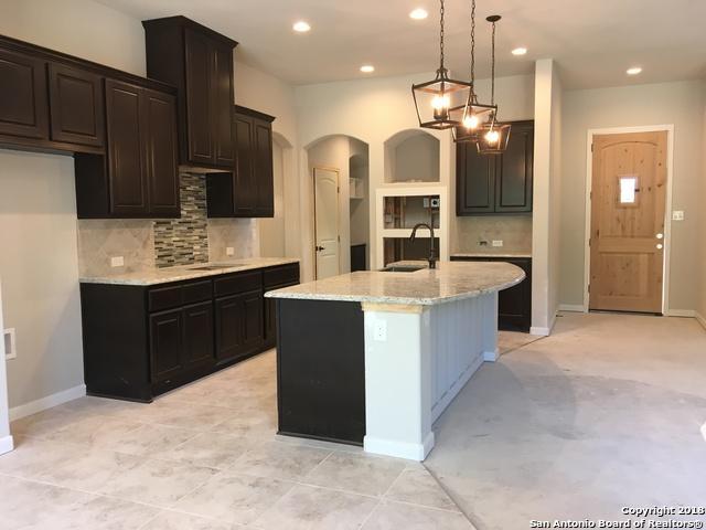 1120 Pinnacle Pkwy, New Braunfels, TX 78132 (MLS #1372406) :: Erin Caraway Group