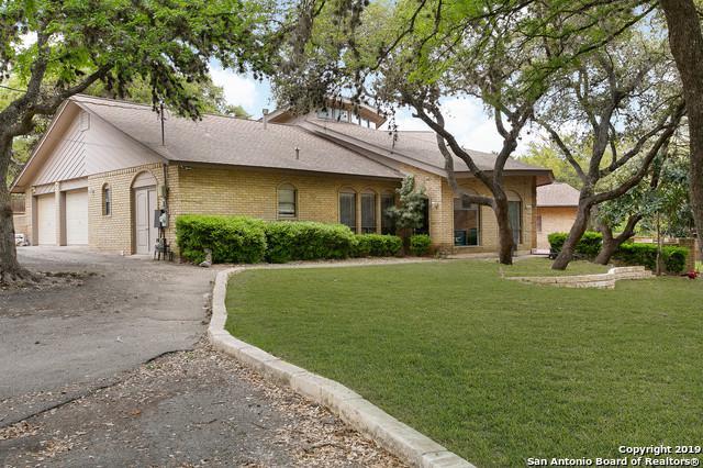 8027 Shady Hollow Ln, San Antonio, TX 78255 (MLS #1372607) :: Keller Williams City View