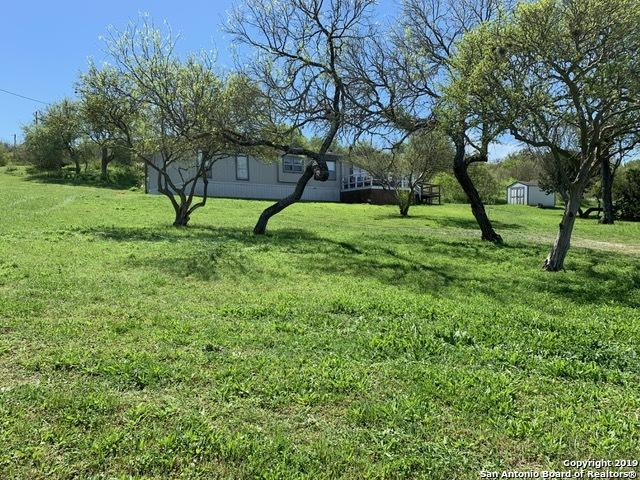 1029 County Road 4511, Hondo, TX 78861 (MLS #1373036) :: Vivid Realty