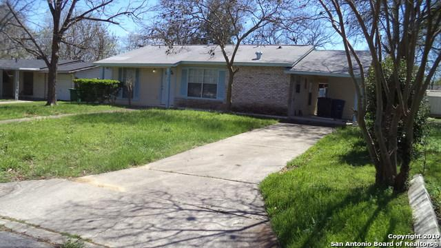 2930 Woodcliffe St, San Antonio, TX 78230 (MLS #1373174) :: Alexis Weigand Real Estate Group