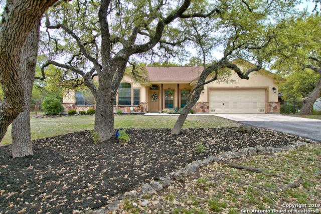 1786 Rustic Oak Ln, Spring Branch, TX 78070 (MLS #1373634) :: Alexis Weigand Real Estate Group