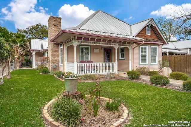 461 N Central Ave, New Braunfels, TX 78130 (MLS #1373828) :: Tom White Group