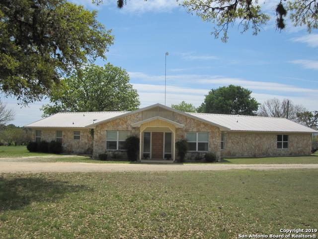 629 Laguna Rd, Bandera, TX 78003 (MLS #1373989) :: The Gradiz Group