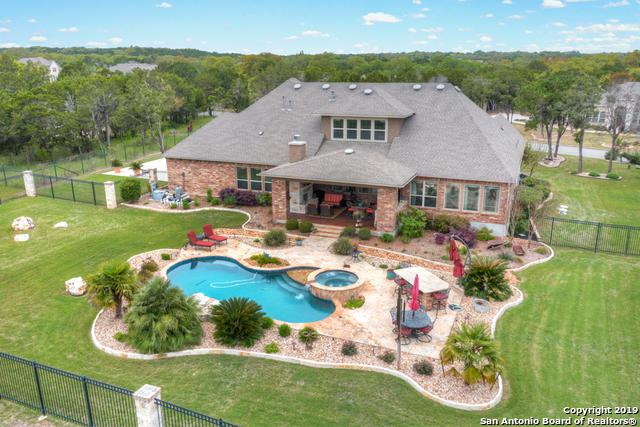 10810 Meadow Link, New Braunfels, TX 78132 (MLS #1374383) :: Alexis Weigand Real Estate Group