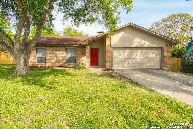 6526 Ridge Peak Dr, San Antonio, TX 78233 (MLS #1374581) :: Alexis Weigand Real Estate Group