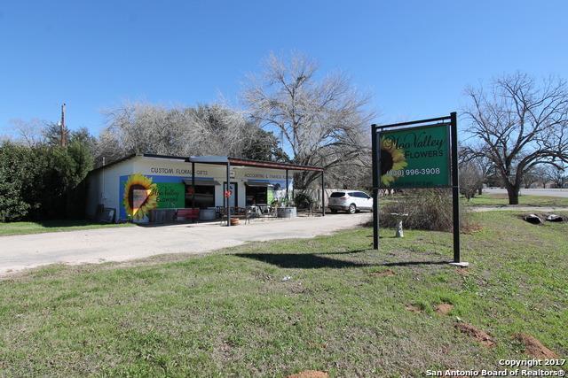 600 Us Highway 87 East, Stockdale, TX 78160 (MLS #1374640) :: Vivid Realty