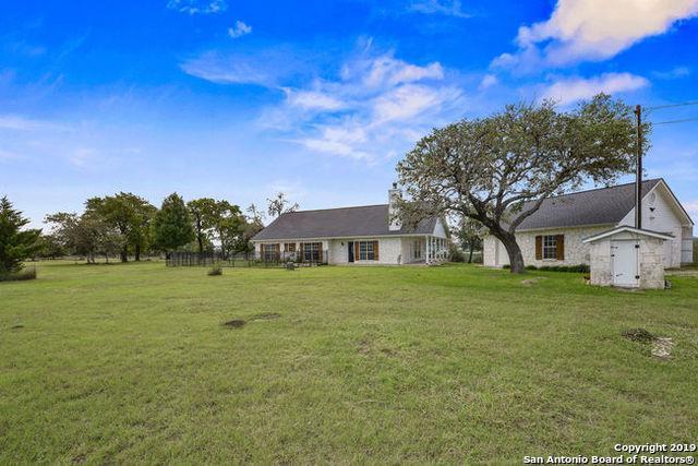 129 Juniper Ln, Boerne, TX 78006 (MLS #1374759) :: Exquisite Properties, LLC