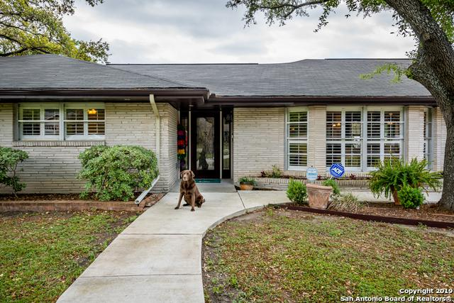 208 Northcrest Dr, Castle Hills, TX 78213 (MLS #1374860) :: River City Group